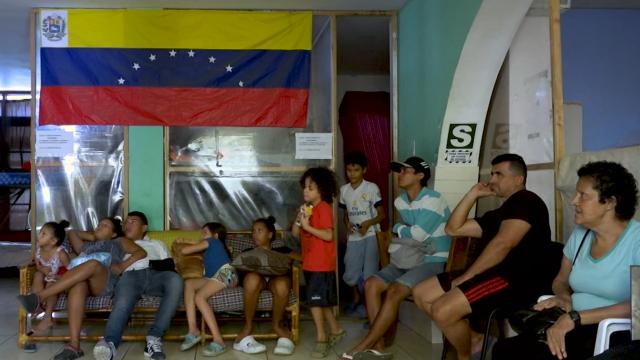 Venezuelans In Peru