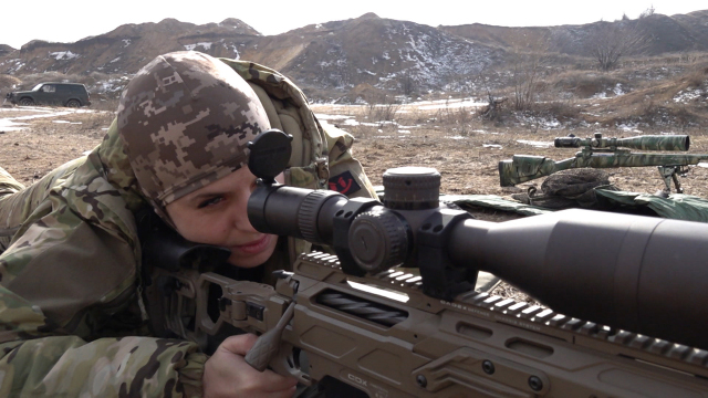 Ukraine: The Female Fighters of Donbass