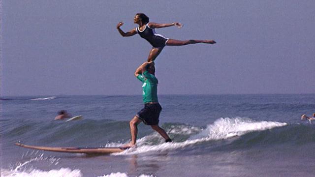 Surfing in Tandem